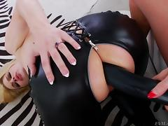 audrey plays dirty with danielle @ strap on anal lesbians #02