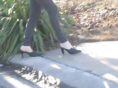 donald pliner Mules andmy legs