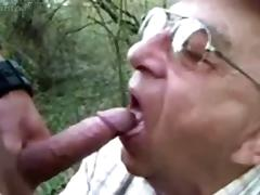 85y old sucking outdoor