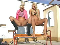 Lesbian GIrls Piss Video