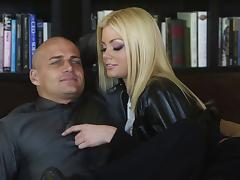 Fake-boobed blonde Riley Steele enjoys ardent doggystyle sex