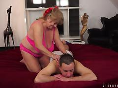 Sassy granny with big tits gets hammered doggy style until orgasm