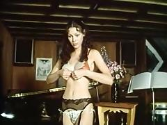 Annette Haven, Lisa De Leeuw, Paul Thomas in classic xxx site
