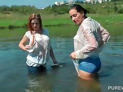 Wet T-shirt, Amateur, Jeans, Lesbian, Outdoor, Shorts