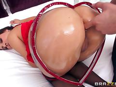 hot latina in red loving the anal action