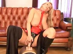 Cute Veronica Del Uno in leather outfit enjoys being drilled by a machine