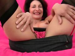 Grandma\'s libido gets fired up by the dirty photographer