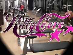Kitty Core - Sex im Fitnesscenter
