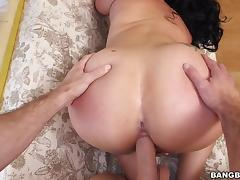 Ravishing brunette cougar rides a hard dong and fucks doggystyle