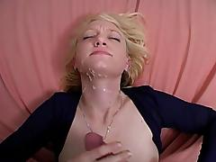 Amateur opens up her vagina and he puts his cock inside