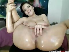 Big booty Lana Ivans shows small pussy on cam