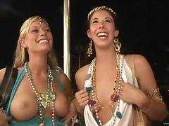 Mardi Gras, Amateur, Ass, Boobs, Exhibitionists, Flashing