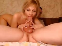 Sucking a Fat Dick on Webcam