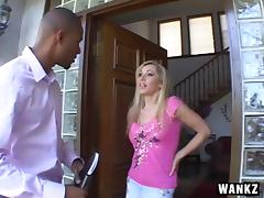 High-heeled blonde cougar with an exquisite ass enjoying a hardcore interracial fuck