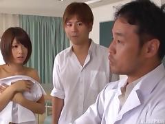 asian schoolgirl blowing dick