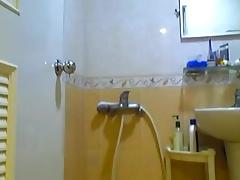 2011-09 Wanking in Bathroom & Pissing on Body