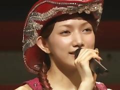 Maki Gato - Sexy in concert
