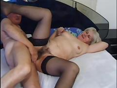 Hairy Russian blonde granny receives a thorough pussy drilling