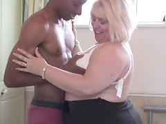 Black dude fucking an older fat woman's aching pussy