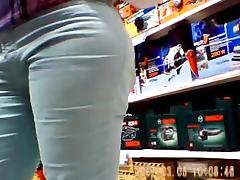 Cameltoe and tight pants