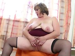 Chubby mature mom with fat hungry pussy