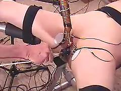 Submissive wife 10 minutes of orgasms with a pear