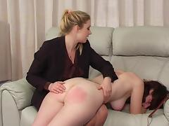 Totaly naked for the spanking