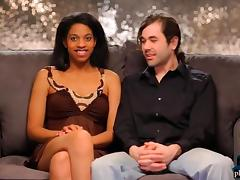 Couple looking for threesome experience