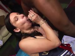 Mature wanking cocks off into her mouth