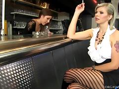 Blonde lesbian MILF wants her pussy licked by the waitress