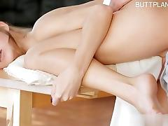 Cute girl extreme squirt