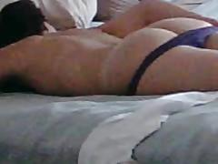 Homemade anal : Massage gets her horny