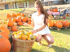 Intriguing brunette who loves both the pumpkins and the masturbation