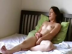 I play with a toy in hot amateur masterbation clips