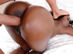 Tyler Steel & Destinee Jackson in Simply amazing - RoundAndBrown