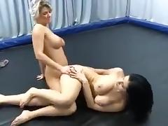 blonde vs brunette tribbing sexfight
