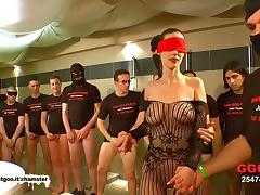 German Goo Girls - Blindfolded MILF bukkake gangbang