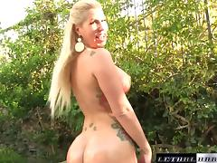 MILF Savana Styles fucks huge cock blowjob big ass