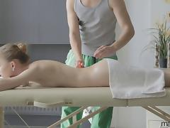 Skinny body beauty oiled up and fucked on the massage table