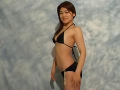 Asian bikini model gets naked and blows the photographer