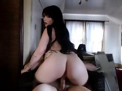 Insatiable brunette with a big round booty slowly rides a h