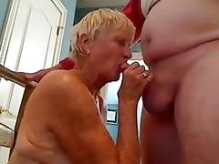 Mamie suce 11