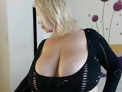 Two bbw with huge tits having fun