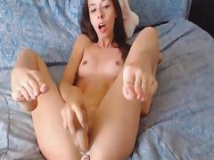 Horny College Webcam Babe Masturbate her Pussy