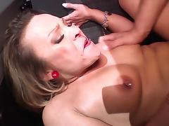 BumsBus - German blondie squirts during hard bang