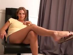 Girl Sucks Her Feet and Give a Hot Blowjob