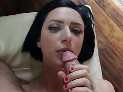 Stevie Foxx amazes with her full amateur POV blowjob