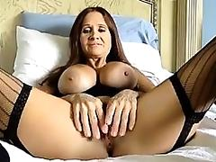 Hot mature playing solo