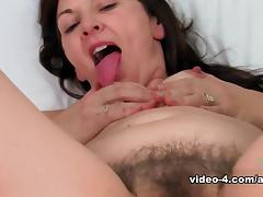 Unshaved, Amateur, Brunette, Hairy, Legs, Masturbation