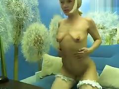 Blond xLOLLIPOPx from Ukraine